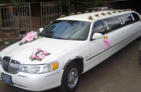 Лимузин – свадебный шик