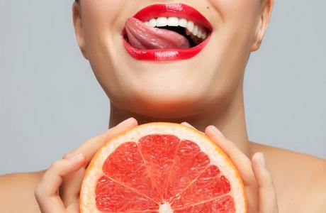 Маска для лица перед свадьбой: грейпфрут