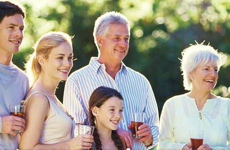 знакомство с родителями жениха сценарий