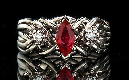 Обручальное кольцо с рубином для Льва