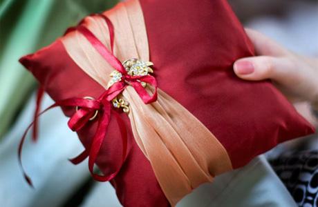 Свадебные подарки жениху от невесты