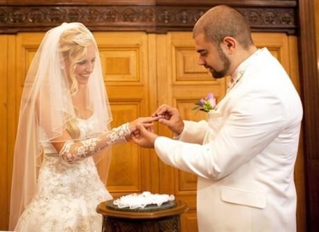 Свадьба Ильи Гажиенко и Ольги Агибаловой: обмен кольцами