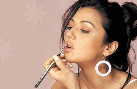 Свадебный макияж для губ невесты