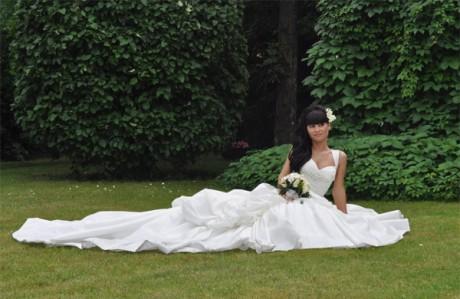 Свадебный наряд из тафты