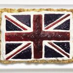 Такие маленькие тосты с английским флагом и накормят, и повеселят
