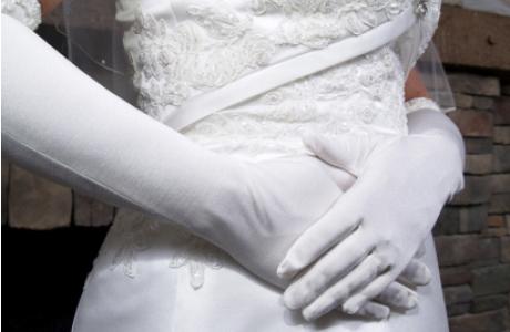 Высокие перчатки для невесты