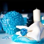 Бирюзовый цвет отлично подойдет для оформления свадьбы как в морском стиле, так и в зимнем