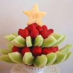 Елочка из фруктов: ярко, сладко и полезно