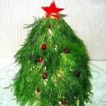 Новогоднее дерево для твоей свадьбы: ветки из укропа, игрушки из граната