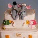 Милые животные на свадебном торте вызовут только искренюю улыбку у твоих гостей