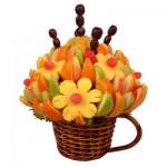 Букет из фруктов: красиво, интересно, вкусно и полезно. Жених и невеста даже не проголодаются