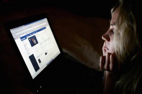 Знакомства в социальных сетях