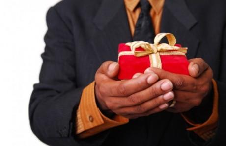 Свадебный подарок с чувством