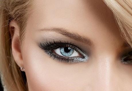Свадебный макияж в серебристых тонах