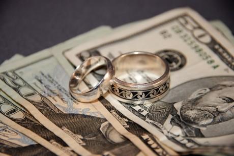 Самые дорогие разводы звезд