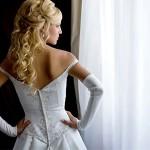 Кудри всегда выглядели роскошно и изящно на любой свадьбе.