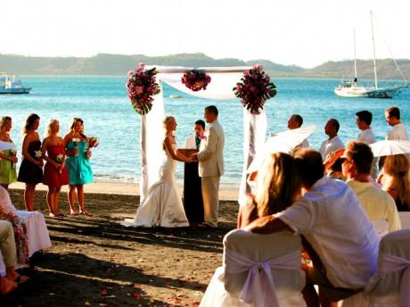 Коста-Рика - идеальное место для свадьбы