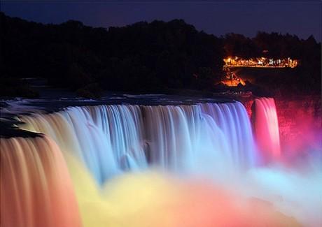 Свадьба у водопада