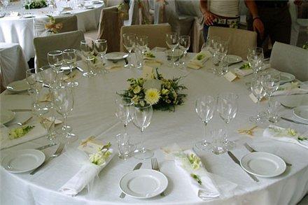 Свадебный этикет: приборы на свадебном столе