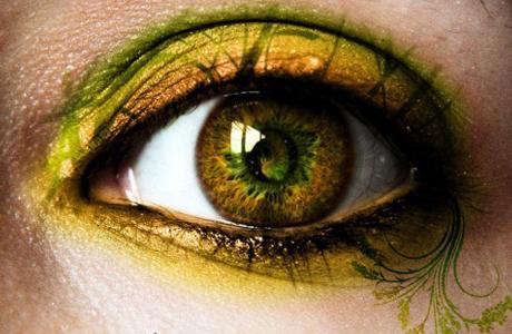 Каре-зеленые глаза: свадебный макияж