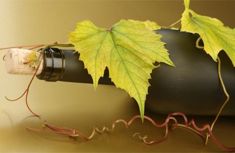 Свадебный стол: вино обязательно