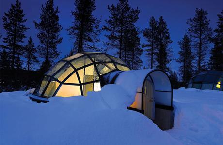 Стеклянный иглу в Финляндии