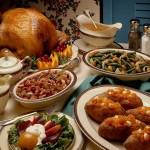 На рождественский стол на свадьбу необходимо обязательно поставить 12 блюд с кутьей, запеченной птицей и рыбой