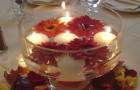 Плавающие свечи на праздничном столе