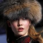 А это теплая шапка из чернобурки