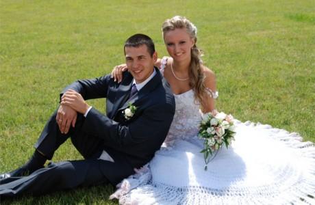Вязаное свадебное платье невесты