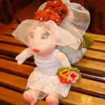 Забавная куколка невесты