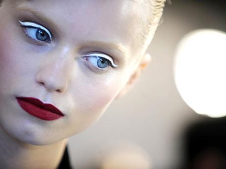 Белый свадебный макияж: идеальный тон