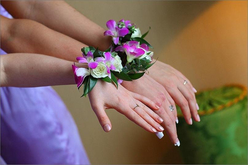 Своими руками браслет из живых цветов на руку