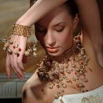 Усложненные элементы свадебных аксессуаров - это красиво, ярко, необычно для любой невесты