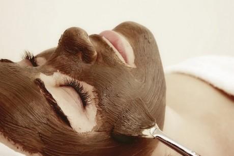 Шоколадная маска для лица перед свадьбой