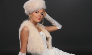 naryad-dlya-zimney-svadbyi-ne-oboytis-bez-meha