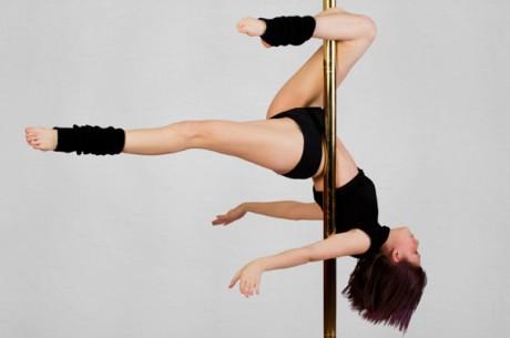 Занятия танцами pole-dance