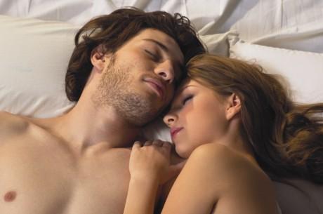 Секс против бессонницы перед свадьбой