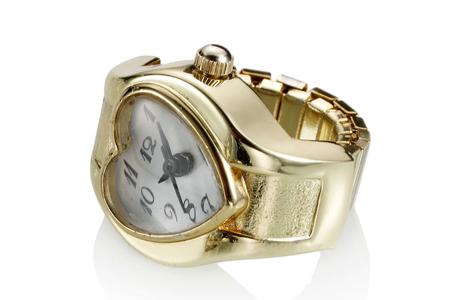 Часы-кольцо для невесты