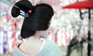 Cвадебная прическа в японском стиле