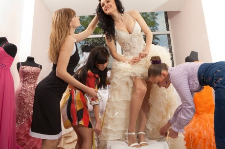 В это время покупают свадебное платье