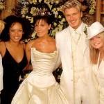 Белый вечерний костюм - такая же классика, как и черный. Только белый.
