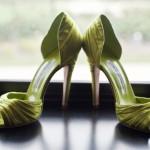 Для ярких невест стильные зеленые босоножки