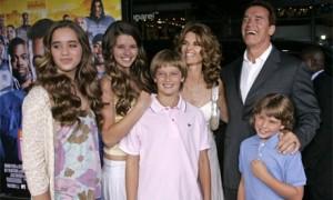 Арнольд Шварценеггер с семьей