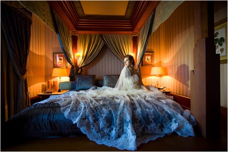 Томный полумрак в брачную ночь