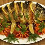 Как украсить рыбные блюда на свадьбе?