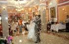 Свадьба с фейерверком из конфетти