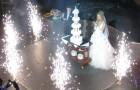 Фейерверки в помещении на свадьбе