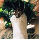Жемчугом можно даже украсить свадебный букет
