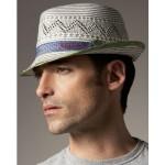 Оригинальная шляпа с узором